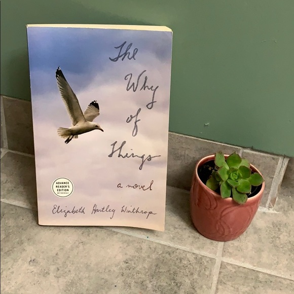 Hold Loved this book! 4/$15